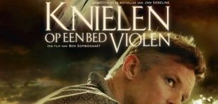 knielen_op_een_bed_violen_36000436_ps_1_s-low_1